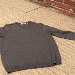 Men's gray long sleeve sweater
